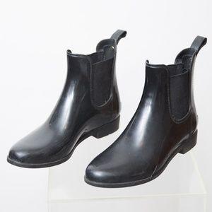Sam Edelman Chelsea Rain Boots Size 9